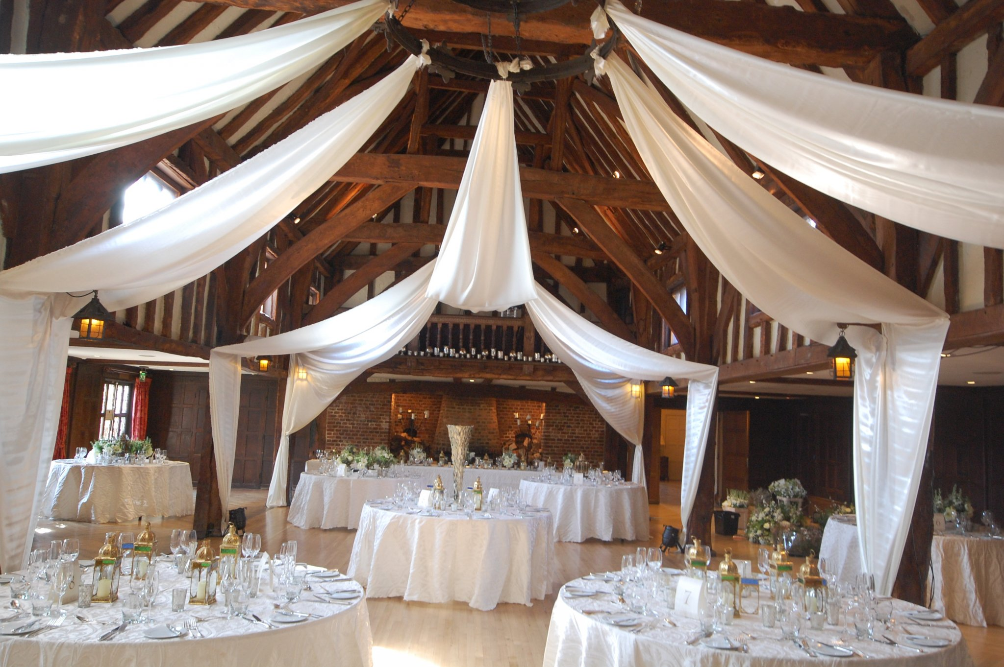 drapes-tithe-barn-great-fosters