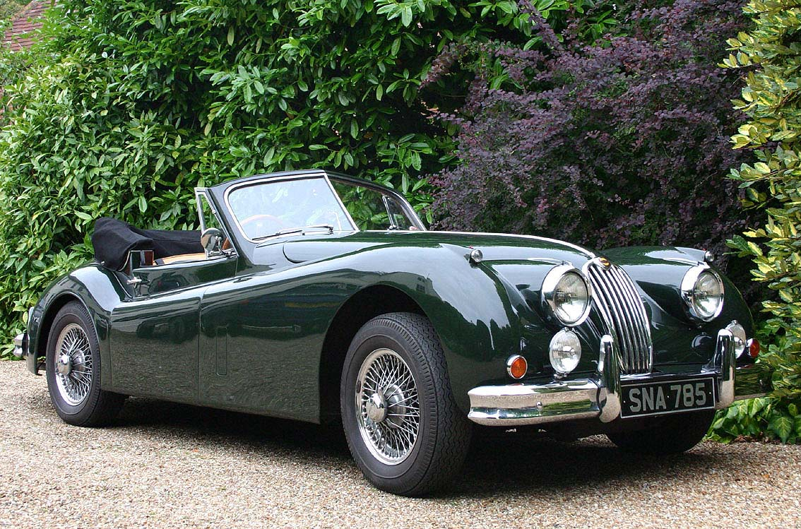 unique-jaguar-xk-convertible-classic-car-hampshire-uk